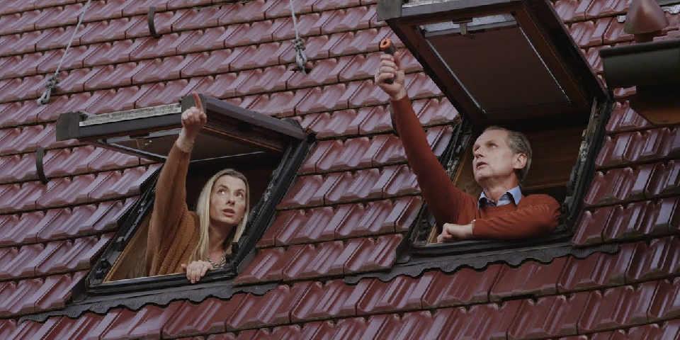 Folge 3 der Energie-Spar-Challenge mit den Nachbarn Nina und Jörg